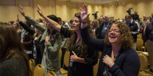 Southern Baptists Begin Same-Sex Marriage Dialogue With LGBT Community