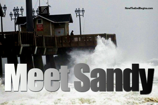 Hurricane Sandy hits the east coast