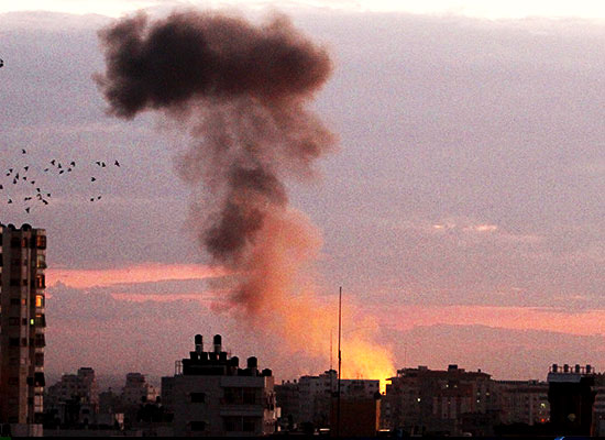 https://www.nowtheendbegins.com/blog/wp-content/uploads/israel-launches-operation-pillar-of-defense-calls-up-reservists-gaza-ground-invasion-02.jpg