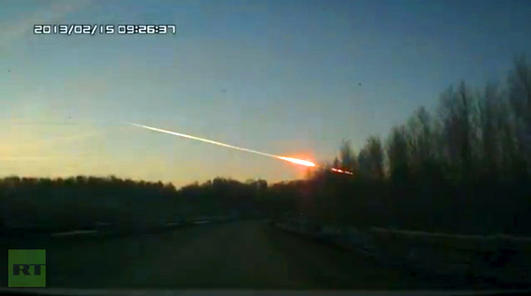 meteorite-crash-in-russia-sparks-ufo-fears-urals-february-15-2013