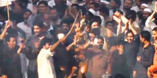Thousands Of Muslims Storm US Embassy In Pakistan