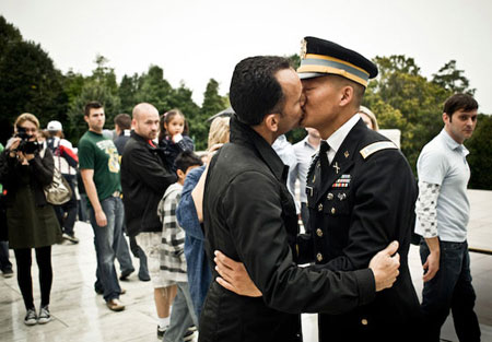 homosexuals in the united states army service The united states army advanced airborne school conducts multiple courses in a variety of different areas service uniform, serviceable boots.