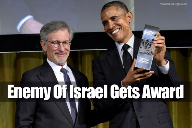 barack-obama-receives-steven-speilberg-shoah-foundation-award