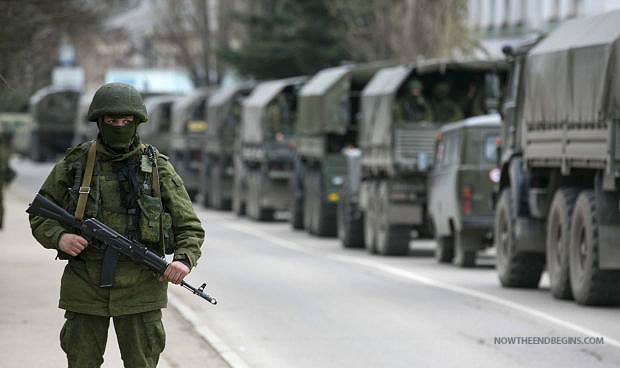 aid-convoy-waits-as-russian-military-vehicles-enter-ukraine