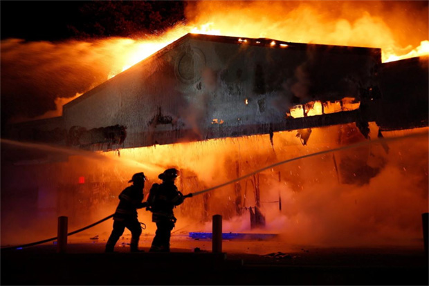 ferguson-race-riots-michael-brown-darren-wilson-no-indictment-al-sharpton-01