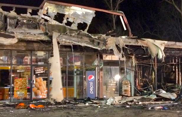 ferguson-the-morning-after-riots-04