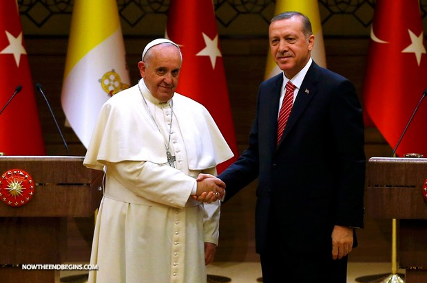 pope-francis-in-turkey-calls-for-an-end-of-all-forms-of-fundamentalism-one-world-religion-666-false-prophet