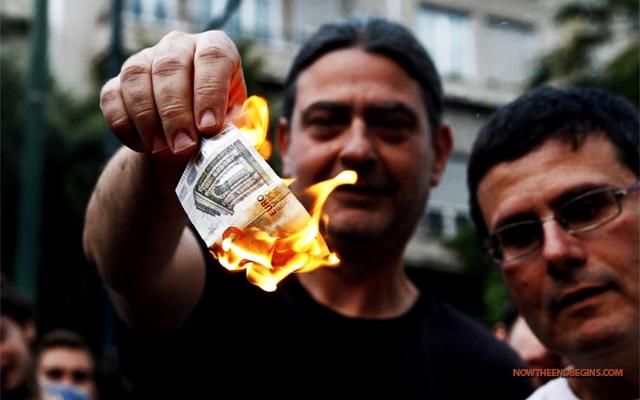greek-economy-crashes-as-bank-cash-reserves-vanish-alexis-tsipras-eu-july-2015