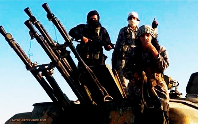 us-trained-syrian-rebels-give-us-weaponry-to-nusra-front-obama