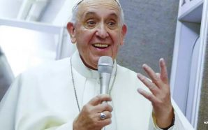 pope-francis-says-catholic-church-members-should-ask-gays-for-forgiveness
