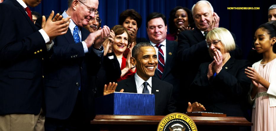 imperial-president-barack-obama-executive-actions-orders-have-pen-phone