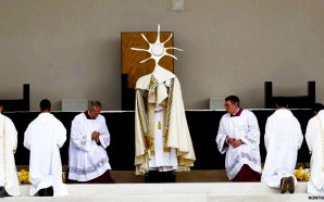 pope-francis-declares-fatima-children-saints-rosary