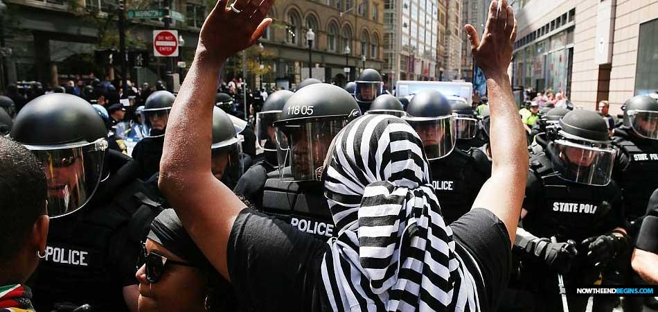 black-lives-matter-hate-group-arrested-boston-2017-01