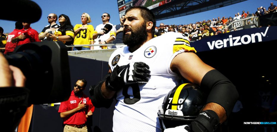 Alejandro-Villanueva-only-steeler-standing-boycott-nfl-take-knee-nteb