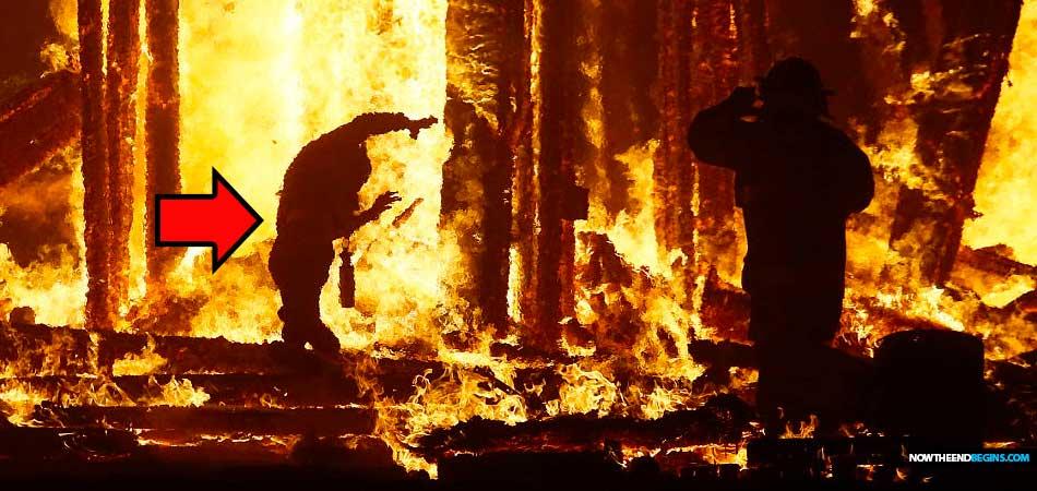 Worshiper At Pagan Burning Man Festival In Nevada Stuns