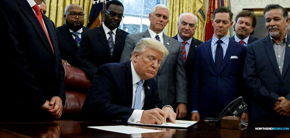 president-trump-proclaims-September-3-national-day-prayer-hurricane-harvey-nteb