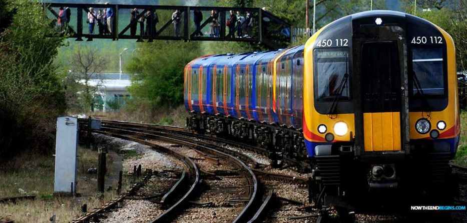 street-preacher-causes-panic-london-train