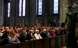 Grace-Cathedral-San-Francisco-interfaith-beyonce-mass-giant-tree-people-climate-change