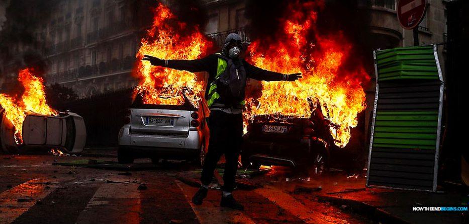 france-paris-burning-yellow-jacket-vest-gas-price-revolt-macron