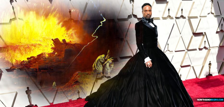 42f6fc0304d2 Hollywood Applauds Gay Actor Billy Porter As He Made His Entrance On ...