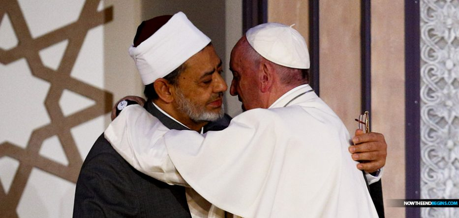 Image result for pope francis signs pact for humanity with muslim sheik