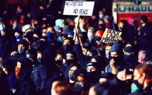 antifa-blm-black-lives-matter-militants-protest-arrival-federal-law-enforcement-agents-marxist-revolution-portland-oregon