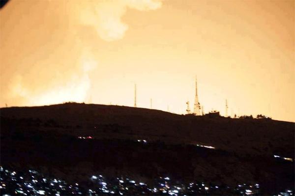 israel-pounds-syria-air-strikes-may-4-2013