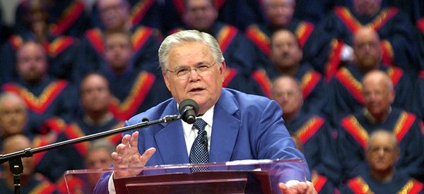 Newspaper Says John Hagee Sides With The Gay Rights Movement