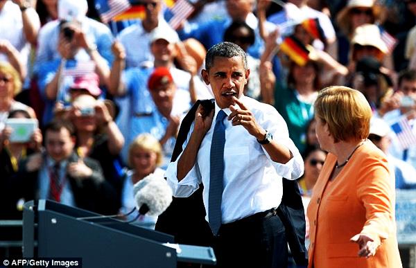 obama-nsa-hacks-merkels-cell-phone-germany