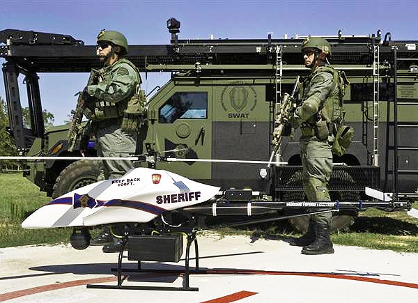 us-police-force-becoming-militarized-2013