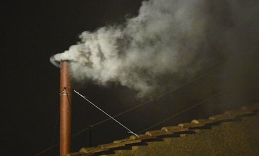 white-smoke-sistine-chapel-signals-new-pope-vatican-march-12-2013